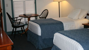 Pioneer Inn Twin Room